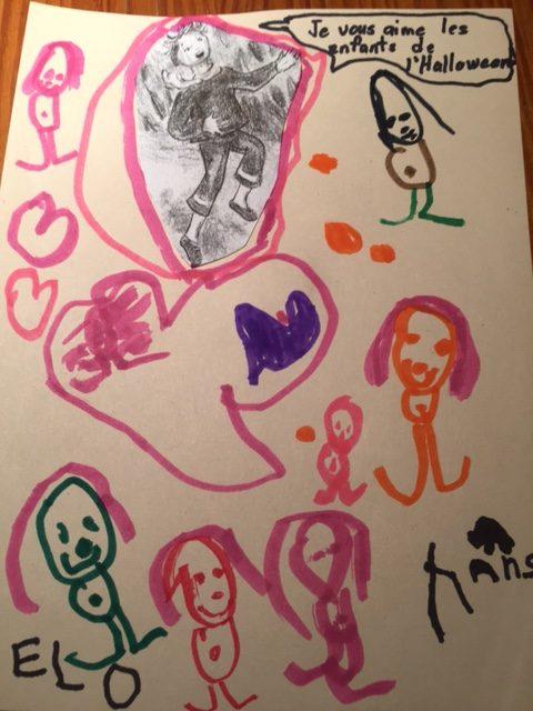 Eloise a dessiné les enfants à l'Halloween.